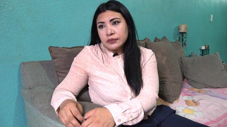 Nallely Sánchez es licenciada en Psicología. Ella creyó siempre en la inteligencia de su hija, a pesar de lo que afirmaban los maestros (Foto: Juan Vicente Manrique/Infobae)