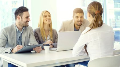 Tener un perfil de LinkedIn aumenta la posibilidad de encontrar el empleo que tanto buscan (iStock)