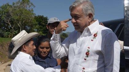 AMLO dijo respetar al EZLN pero no está de acuerdo en el uso de armas (Foto: Cuartoscuro)