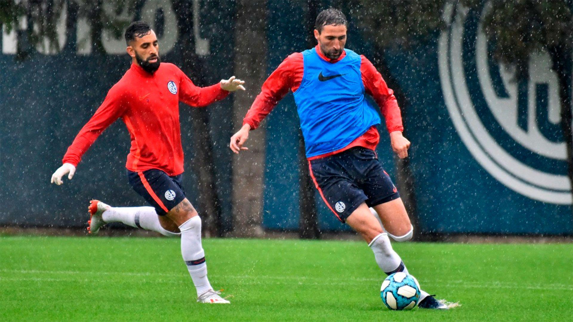entrenamiento-San-Lorenzo-lluvia-portada