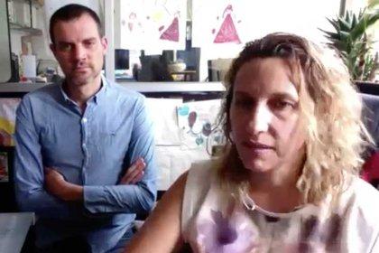 Los doctores Tatiana Fiordelisio y Mathieu Hautefeuille, líderes del proyecto, explicaron en qué consiste este biosensor Foto: (Facultad de ciencias UNAM)