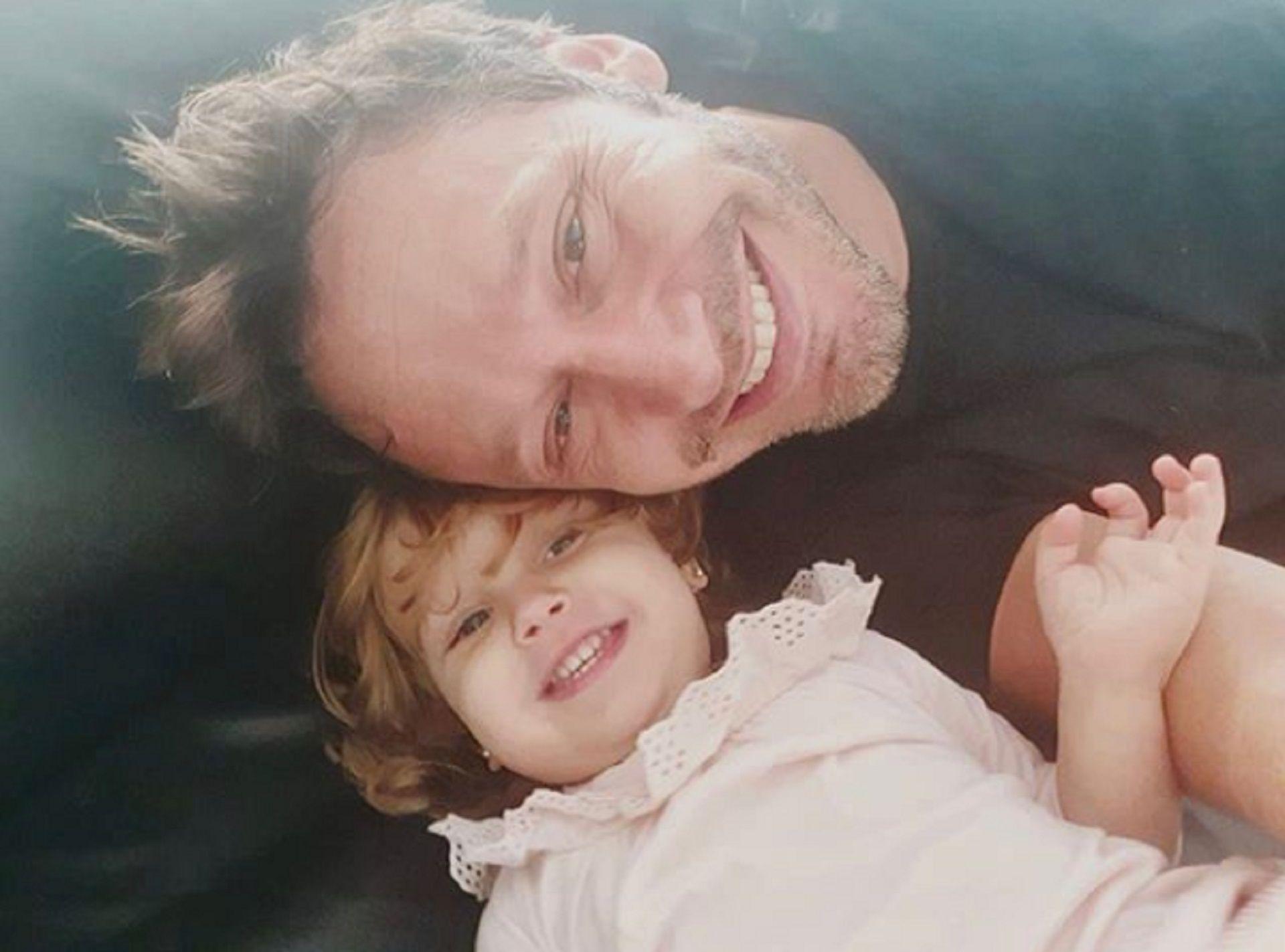 Benjamín Vicuña junto a Magnolia, su hija con la China Suárez  (Instagram)