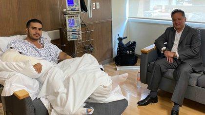 Santiago Nieto Castillo, titular de la Unidad de Inteligencia Financiera (UIF), también visitó a García Harfuch en el hospital