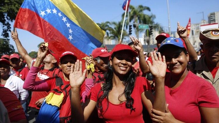 Manifestación a favor de Nicolás Maduro (EFE/ Cristian Hernández)