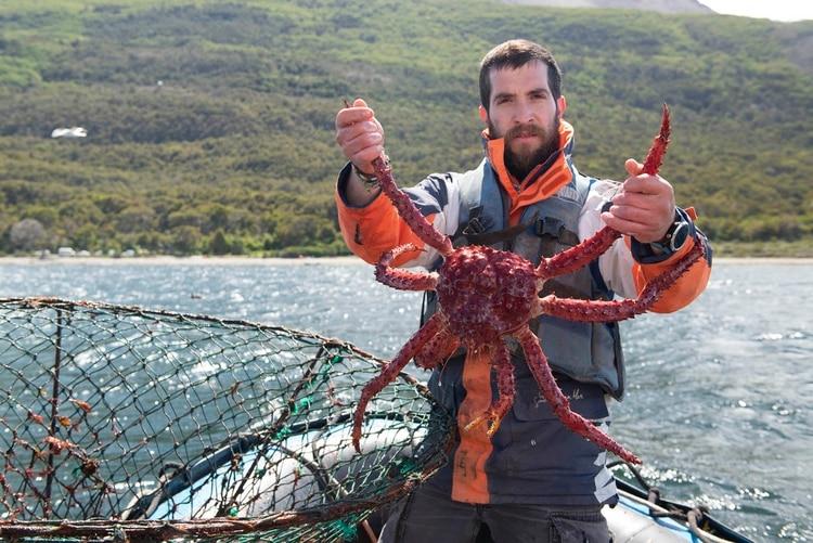 Pescador de Puerto Almanza. Allí, vive una comunidad que se dedica a la pesca artesanal centolla. (Greenpeace)