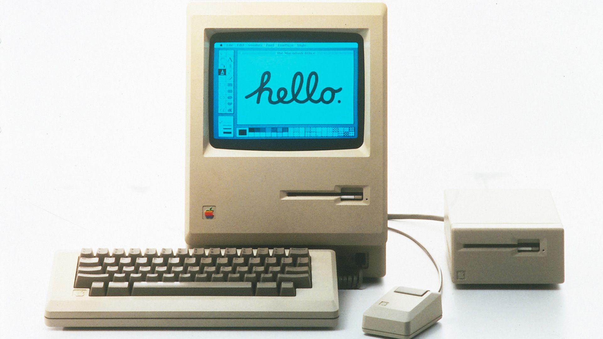 La Macintosh fue una éxito cuando salió, pero pronto se vio rebasada por porductos más baratos y simples. (Foto: Apple)