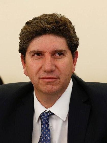 Imagen de archivo del nuevo ministro de Hacienda de Chile, Rodrigo Cerda, exdirector de Presupuestos, durante una sesión en el Congreso en Valparaíso, Chile, el 2 de mayo de 2018. REUTERS/Rodrigo Garrido