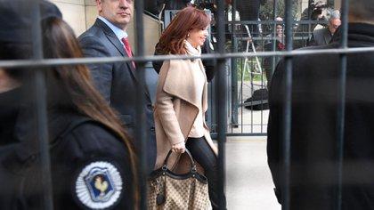 Cristina Kirchner en Comodoro Py (Foto de archivo: Maximiliano Luna)