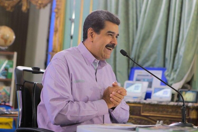 Nicolás Maduro participó en un acto con jóvenes estudiantes este martes en Caracas (EFE/PRENSA MIRAFLORES)
