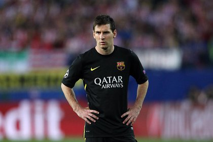 Lionel Messi con la camiseta negra del Barcelona de la temporada 2013/14 (Shutterstock)