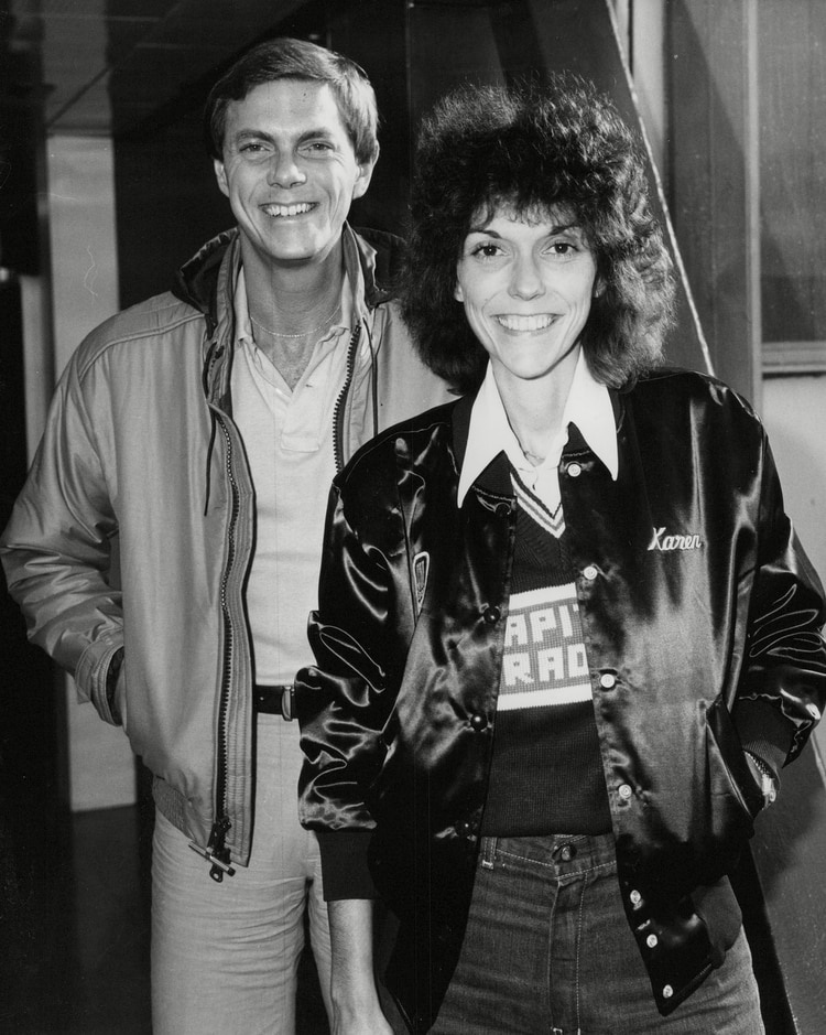 Mandatory Credit: Photo by ANL/Shutterstock (9091254a) Richard Carpenter And Karen Carpenter Brother And Sister Who Make Up Pop Duo 'the Carpenters' Arrive At Heathrow Airport. Box 739 516031731 A.jpg. Richard Carpenter And Karen Carpenter Brother And Sister Who Make Up Pop Duo 'the Carpenters' Arrive At Heathrow Airport. Box 739 516031731 A.jpg.