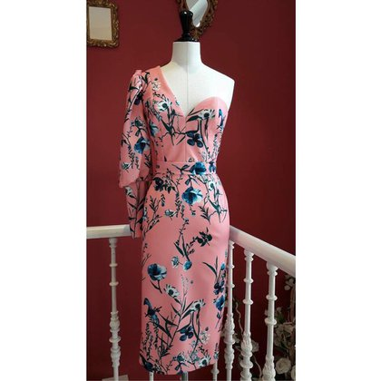 El vestido de Dolores Promesas