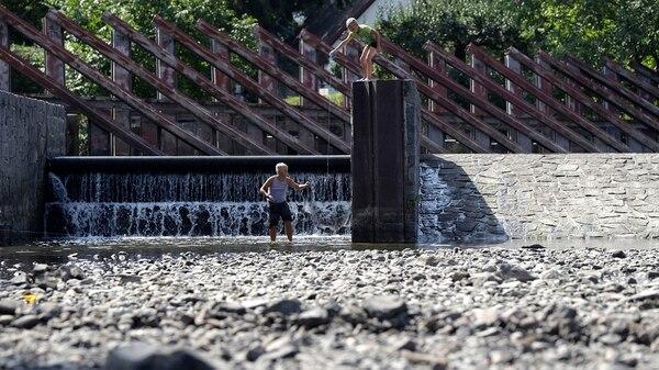 Europa del Este sufre una de las sequías más fuertes de los últimos tiempos(AP Photo/Petr David Josek)