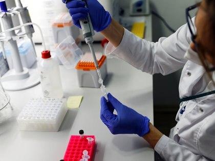 A los contactos estrechos de los bonaerenses infectados se les practicará un hisopado para detectar si también contrajeron el coronavirus