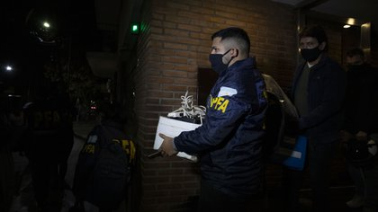 Parte de lo secuestrado durante el procedimiento (foto Lihue Althabe)