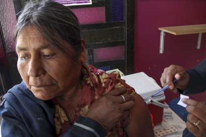 Los 36  años de neoliberalismo provocaron el desmantelamiento del sistema inmunológico en México (Foto: Cuartoscuro)