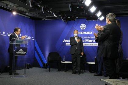 Medina Mora aseguró que la Coparmex está dispuesto a colaborar con el gobierno, la academia, el sector empresarial y la sociedad mexicana por el bien del país (Foto: Twitter@COPARMEXCARMEN)