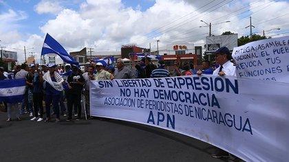 Periodistas nicaragüenses también se han movilizado exigiendo libertad de expresión