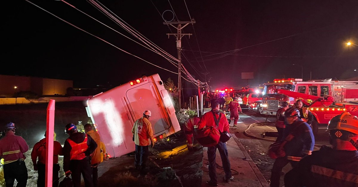 Seven people died after a truck overturned in Baja California