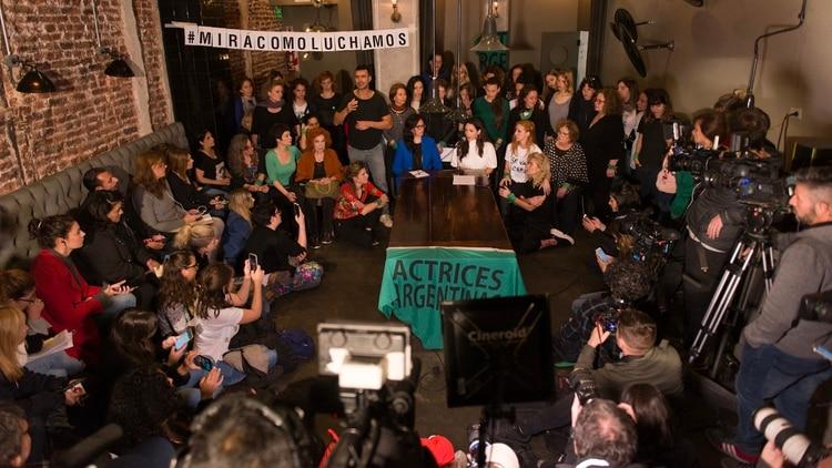 La actriz de 26 años realizó una conferencia de prensa junto a algunas representantes del colectivo Actrices Argentinas (Adrián Escandar)