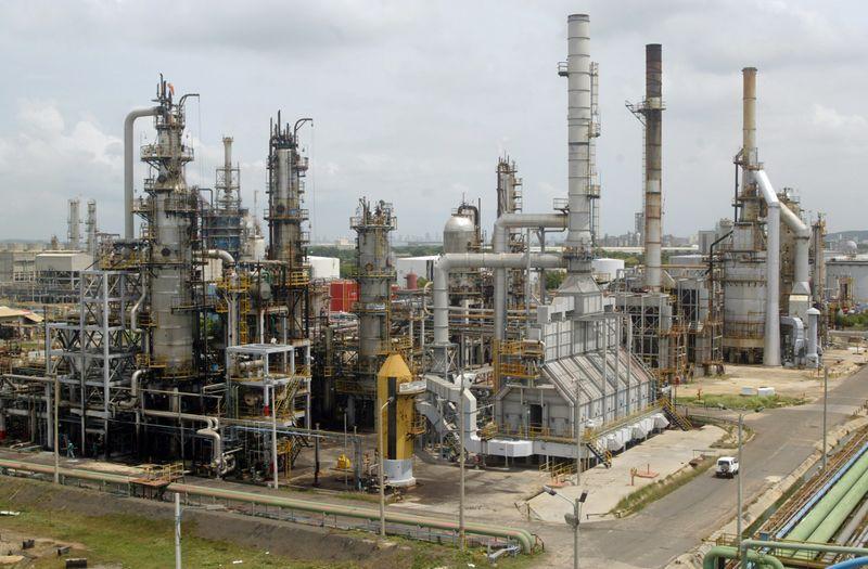 Las refinerías son el sector que mayor uso tuvo durante enero de 2020