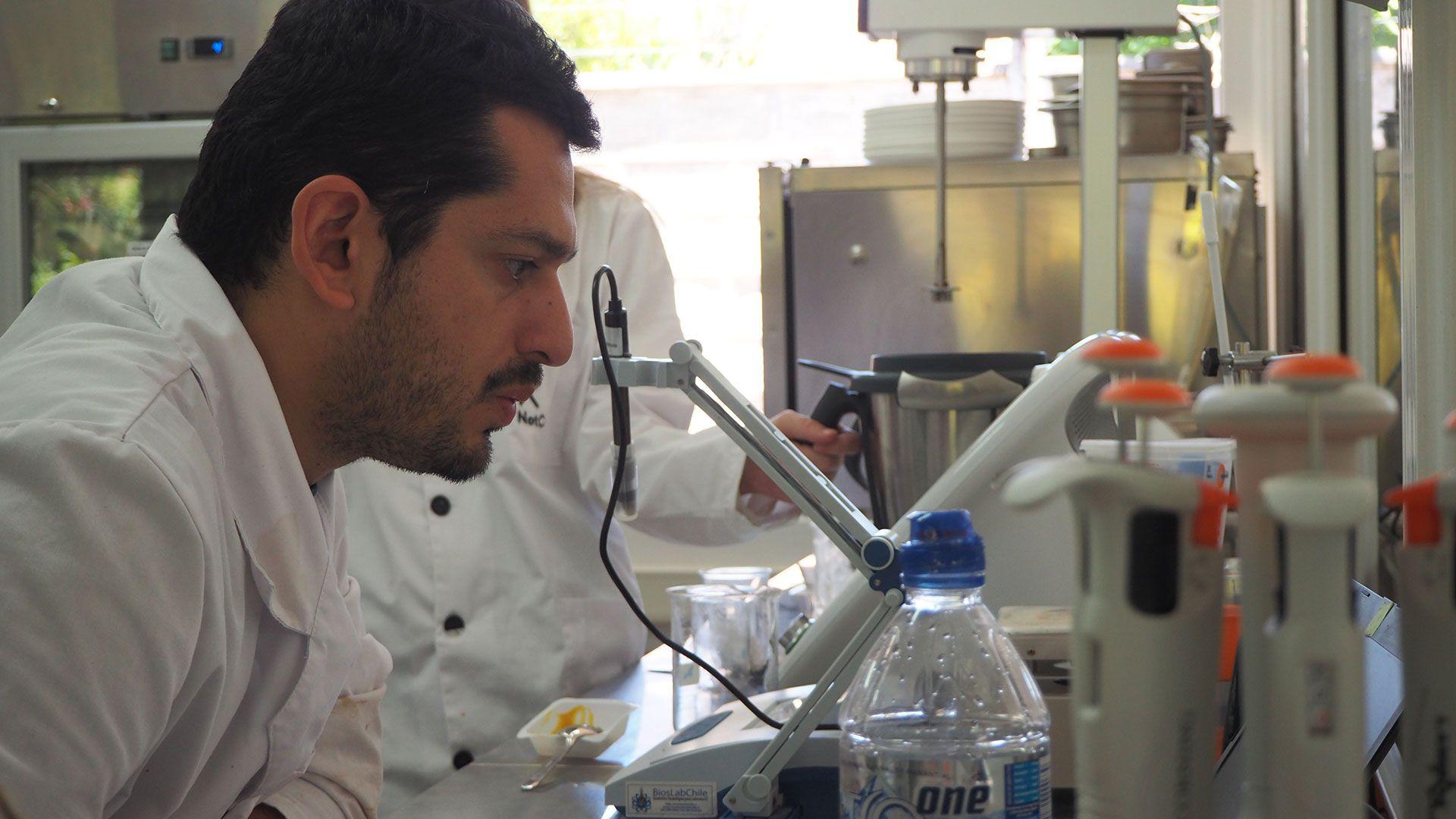 El laboratorio de NotCo en Santiago de Chile