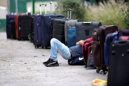 Los pasajeros aéreos que ingresen a los EEUU deberán presentar una prueba COVID-19 negativa (Foto: Reuters / Daniel Becerril)