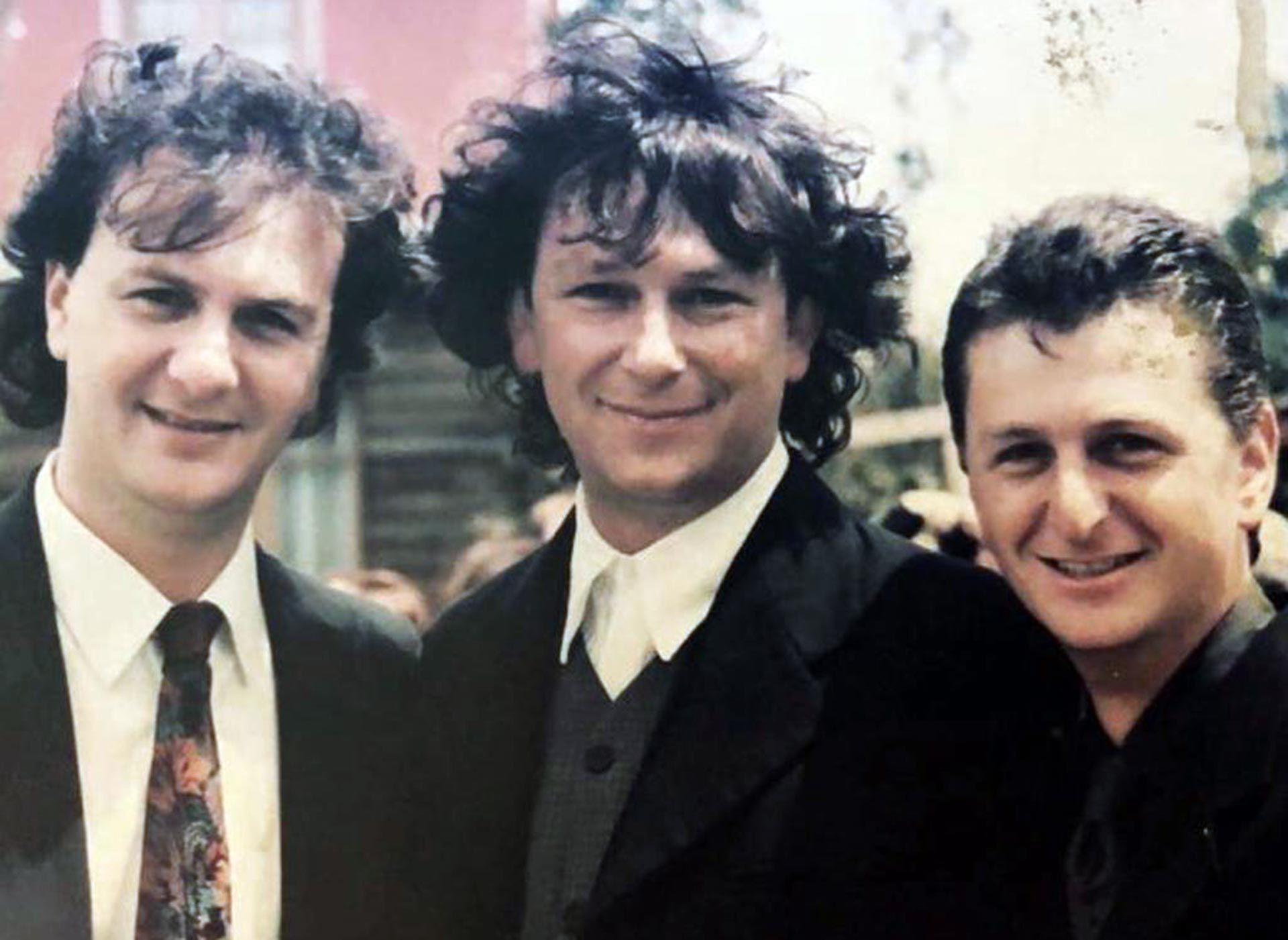 Adrián Korol con sus hermanos en Los Vergara