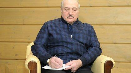 Lukashenko firmó un decreto para ceder el poder a un órgano colegiado en caso de ser asesinado