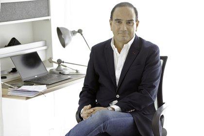El abogado y contador uruguayo, Carlos Ruiz Lapuente, asesor de inversiones (private banking) en una entrevista con Infobae