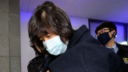 El momento de la detención de Choi Soon-sil (AP)