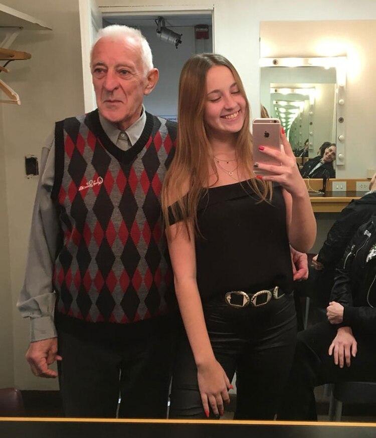 Yuli buscó a la primera novia de su abuelo en Facebookpara lograr el reencuentro