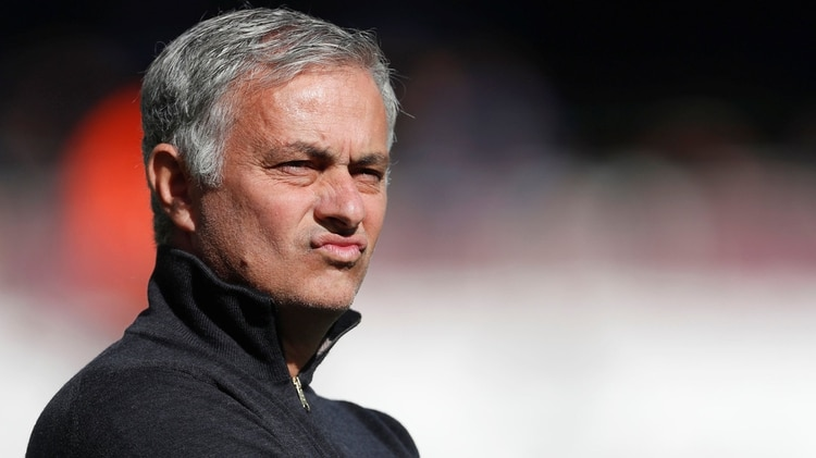 El técnico portugués ya no trabaja en el Manchester United, pero allí ganaba USD 34,7 millones(Reuters)