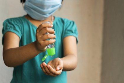 Entre los efectos secundarios está el acceso limitado a servicios de salud para mujeres, niños y niñas(Foto: Pixabay)