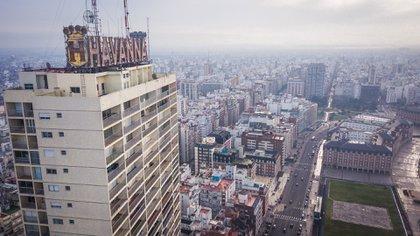 """El Demetrio Elíades o """"Edificio Havanna"""" esuno de los más altos de la ciudad (Christian Heit)"""