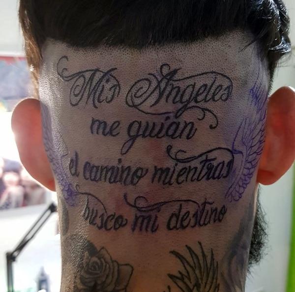 Ulises Bueno Se Tatuó Una Llamativa Frase En La Nuca Infobae