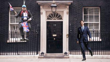 Boris Johnson y Jeremy Hunt, dos estilos muy diferentes para dirimir quién será el próximo ocupante de Downing Street 10