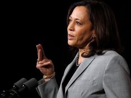 La experiencia de Kamala Harris como ex fiscal general de California puede pesar en la escena (Reuters)