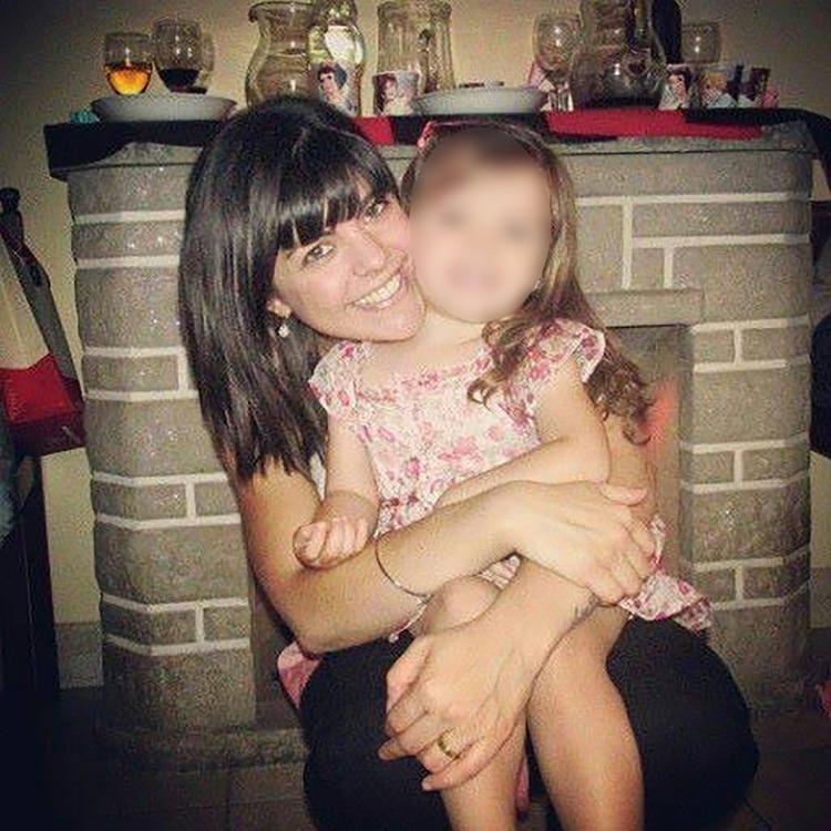 Florencia junto a su hija: