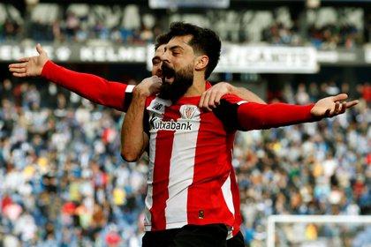 El joven delantero del Bilbao ya es comparado con Aritz Aduriz, histórico goleador del club (Foto: EFE)