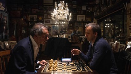 Arkady Dvorkovich fue invitado a cenar en La Ñata por Daniel Scioli y a los postres hubo tiempo para una partida ping pong.(Franco Fafasuli)