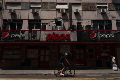 Había dos locales del histórico restaurante Pippo: uno en calle Montevideo y otro en Paraná. El de Montevideo (el de esta foto), cerró durante la pandemia, pero el de Paraná sigue abierto. (Foto: Franco Fafasuli)