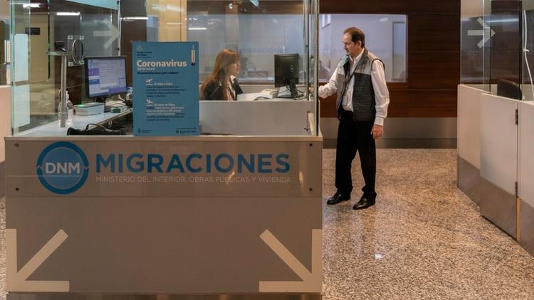 La decisión de cerrar las fronteras se mantendrá por el momento según lo plantea el Gobierno (Adrián Escandar)