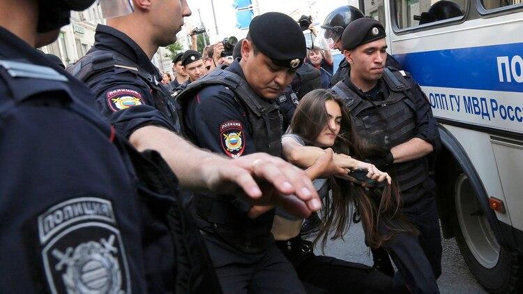 (AP Photo/Alexander Zemlianichenko)