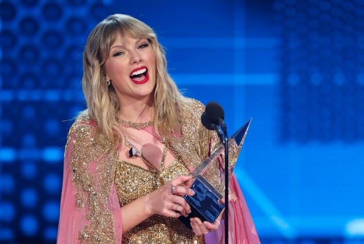 Taylor Swift recibe el premio a Artista de la Década (REUTERS/Mario Anzuoni)