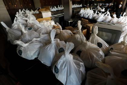 Restaurantes se verán forzados a repartir más plástico (Foto: REUTERS/Amr Abdallah Dalsh)