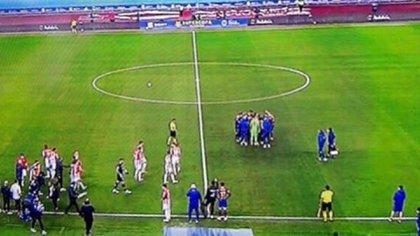 Los jugadores del Barcelona también se reunieron antes del inicio de la prórroga