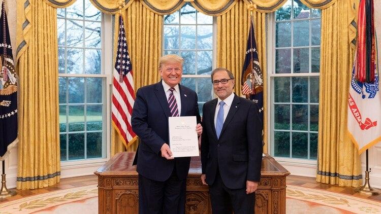 Jorge Argüello ya presentó cartas credenciales ante el presidente de los Estados Unidos, Donald Trump.