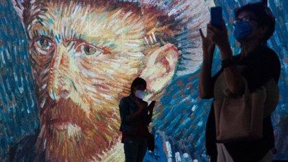Anna, Elisabeth y Willemien van Gogh son el tema de un nuevo libro, basado en más de 900 cartas, sobre las hermanas del artista. (Cuartoscuro)