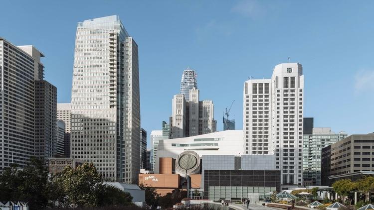 Los penthouses del hotel, St Regis, en San Francisco, requieren aprobación especial por e-mail.